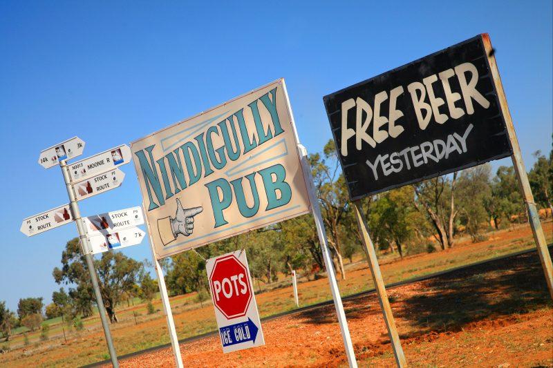 signs to Nindigully pub