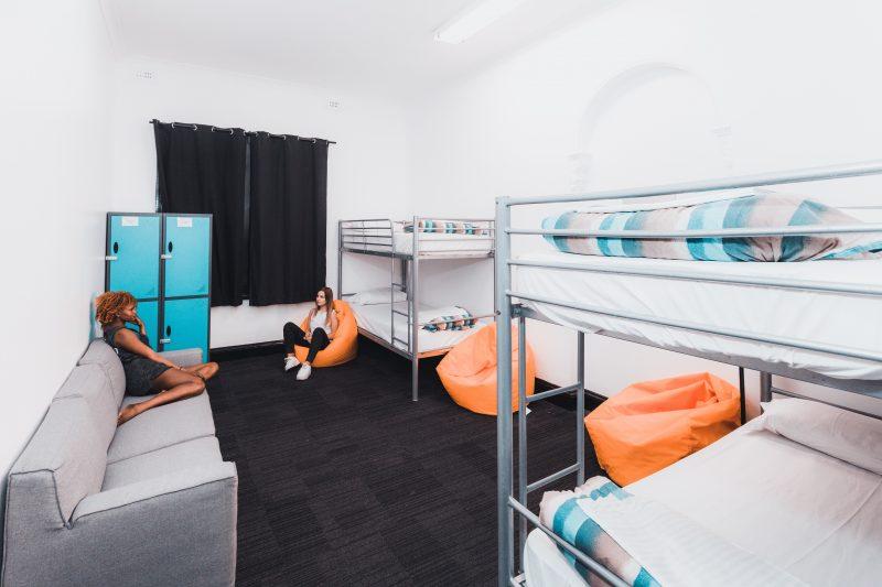 4 share dorm nomads brisbane hostel