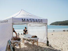 Noosa Beach Massage by MASSAGEANDWELLBEING.COM