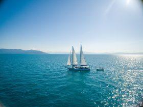 Ocean Free sailing