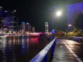 Victoria Bridge lit pink for Pinktober 2018