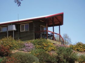 Accommodation, Lake Boondooma
