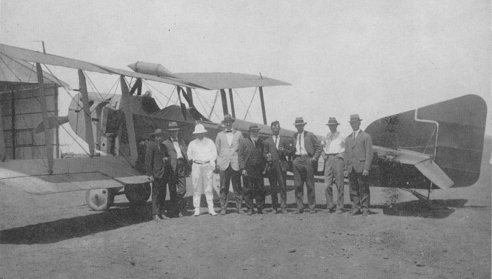 Arrival of the first Qantas Flight in Longreach on 2 November 1922