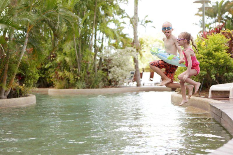Rydges Esplanade Resort Cairns Swimming Pool