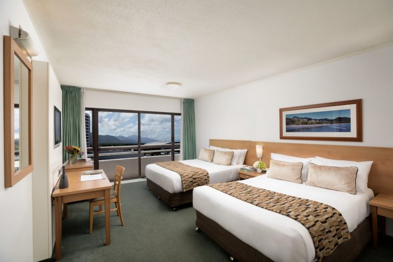 Twin Room at Rydges Plaza Cairns