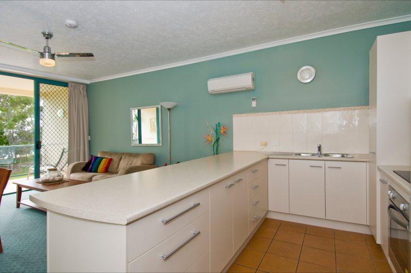 Shelly Bay Resort - Kitchen
