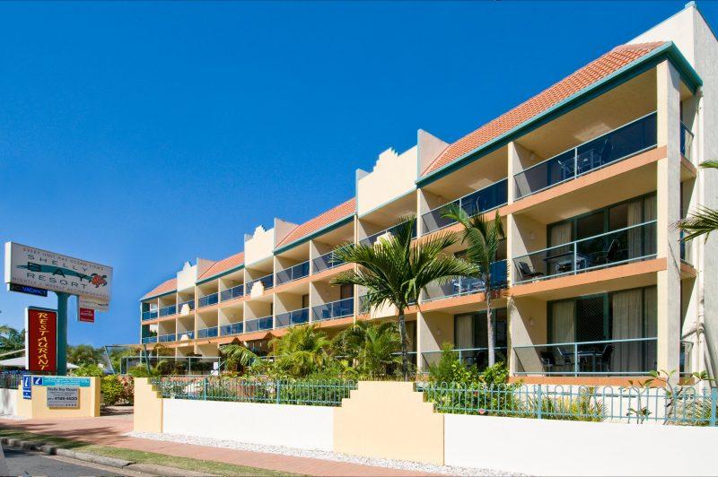 Shelly Bay Resort - street view