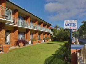 Shelly Beach Motel