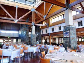 Inside Restaurant Lurleens