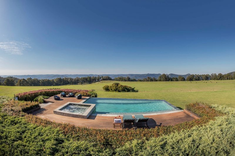 Outdoor infinity pool and heated spa
