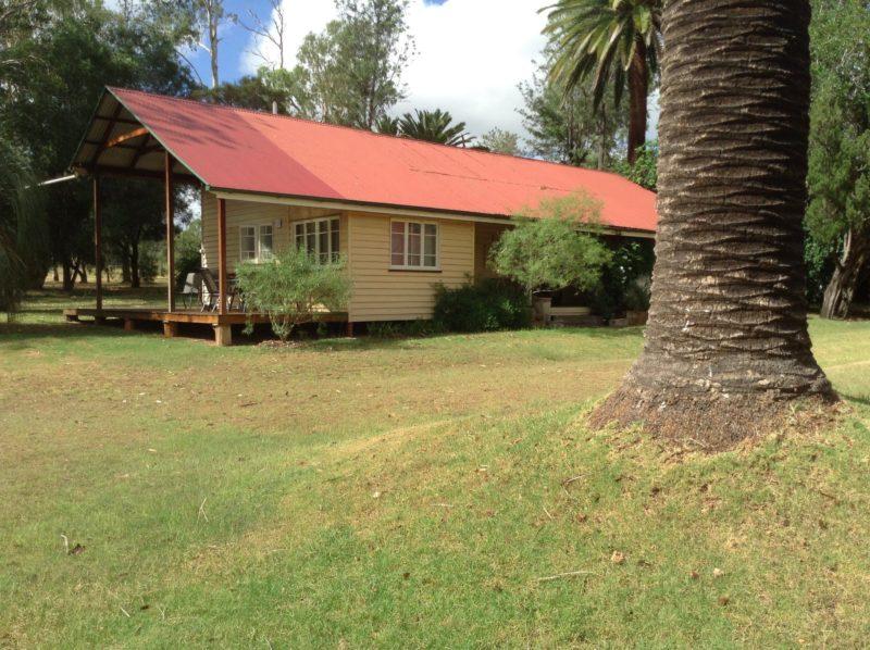 cottage facing Homestead front garden