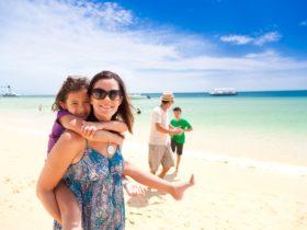 Tangalooma Beach Day Cruise