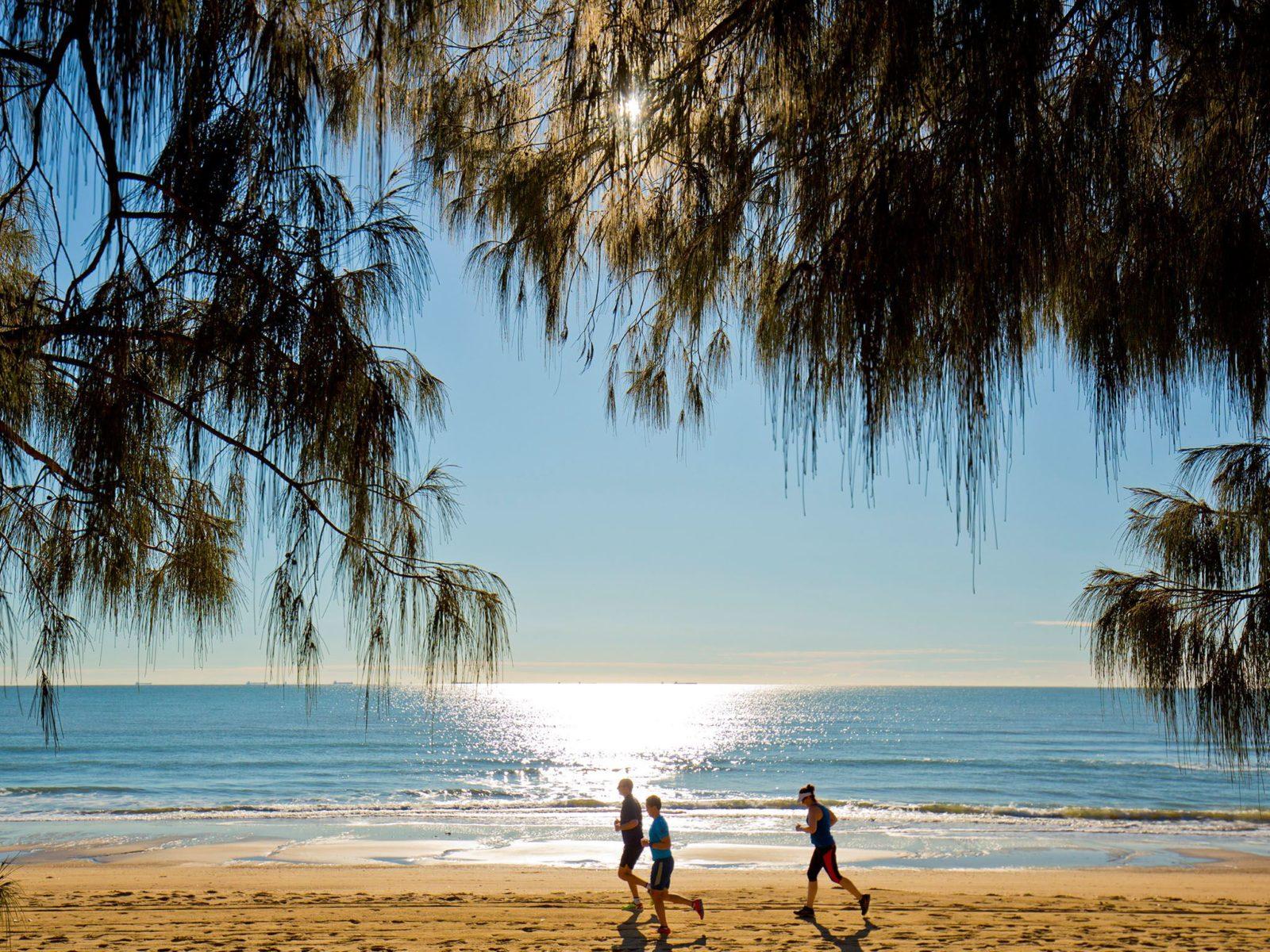 Tannum Sands Beach