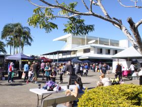 Market held at the Ipswich Turf Club on a monthly basis. Up to 100 stalls of handmade creations.