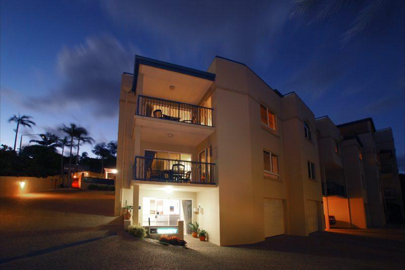 Villa Mar Colina by Night
