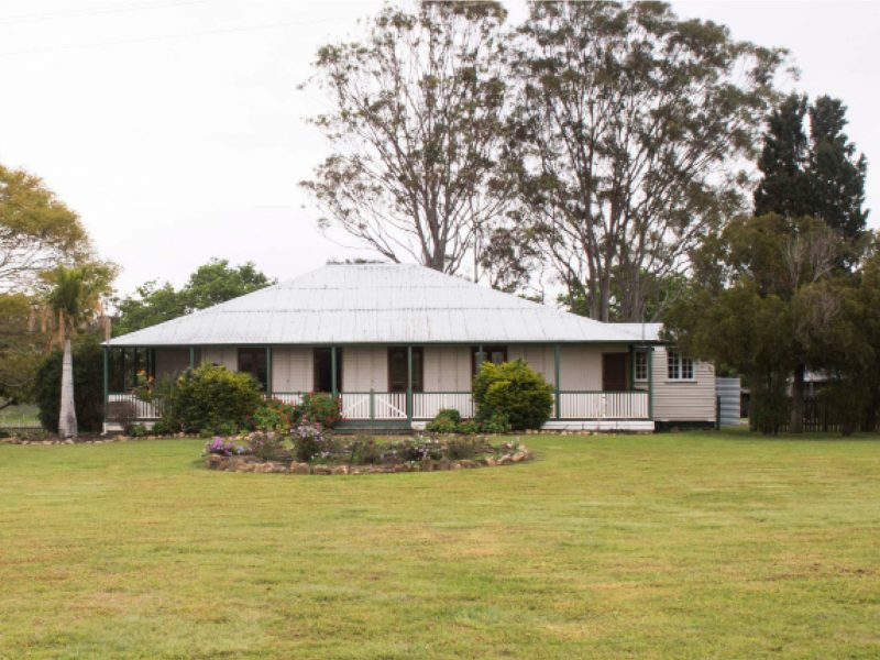 Vineyard Cottage exterior