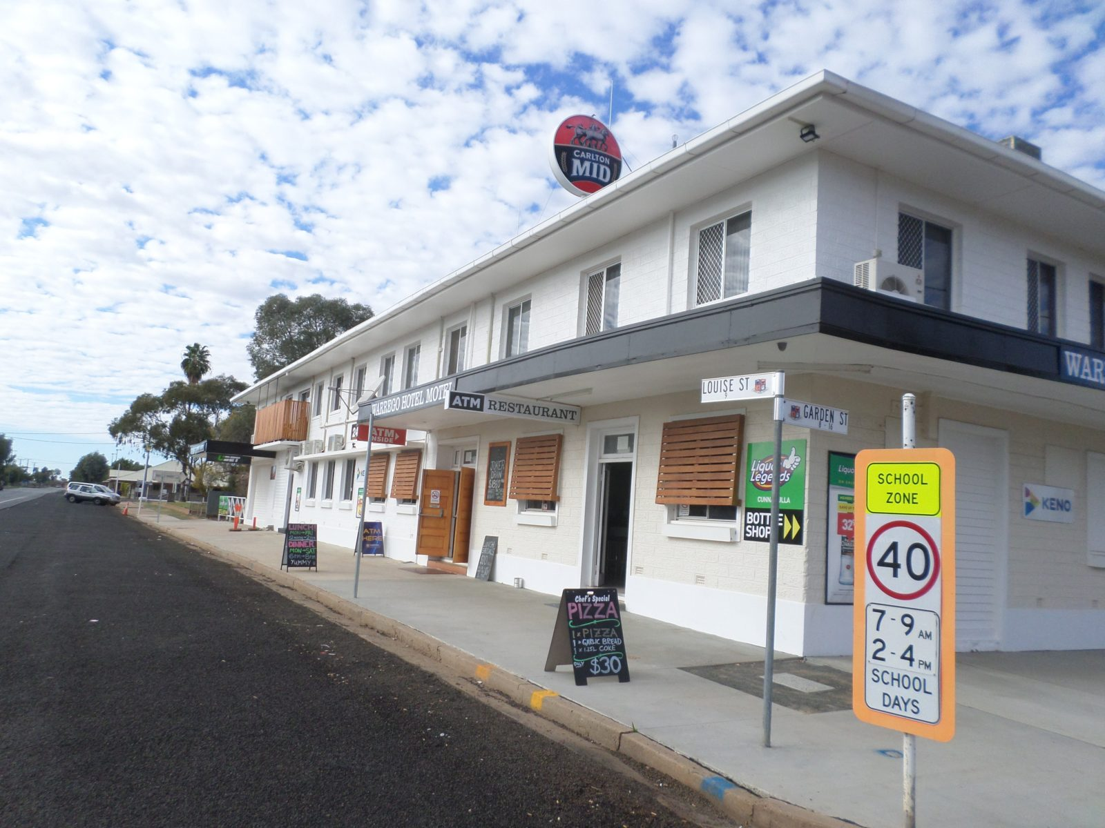 Exterior View Of Warrego Hotel Motel Cunnamulla