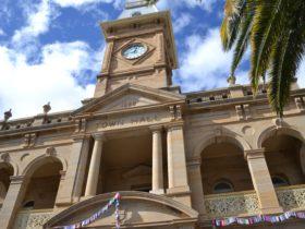 Warwick's Town Hall
