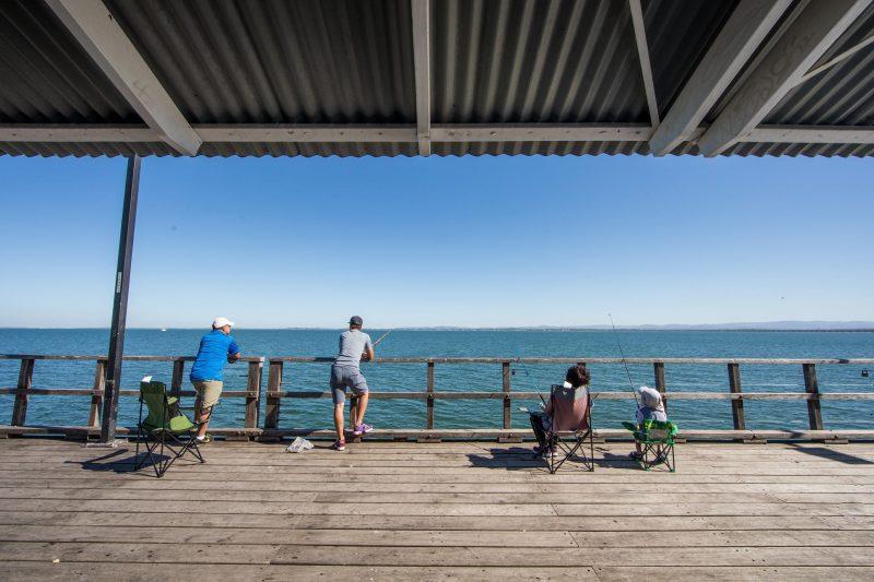 Woody_Point_Jetty_fishing_pier_redcliffe_visit_moreton_bay_region