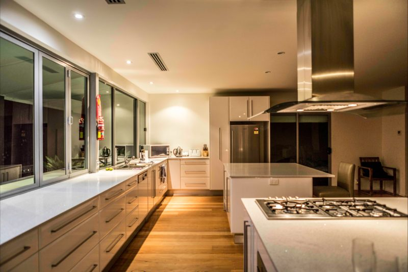 Well appointed kitchen with everything!