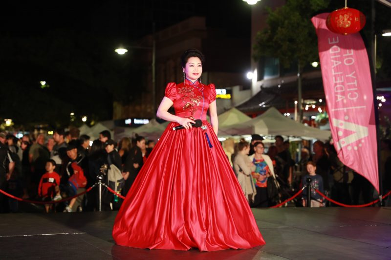 Traditional Chinese Song performed by professional singer.