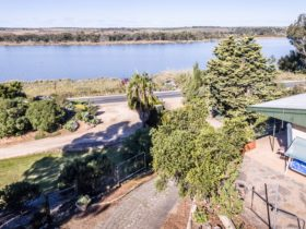 Overlooking the Back waters of mannum