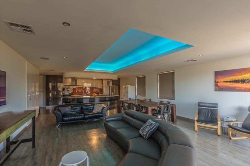 Large lounge with adjustable colour mood lighting