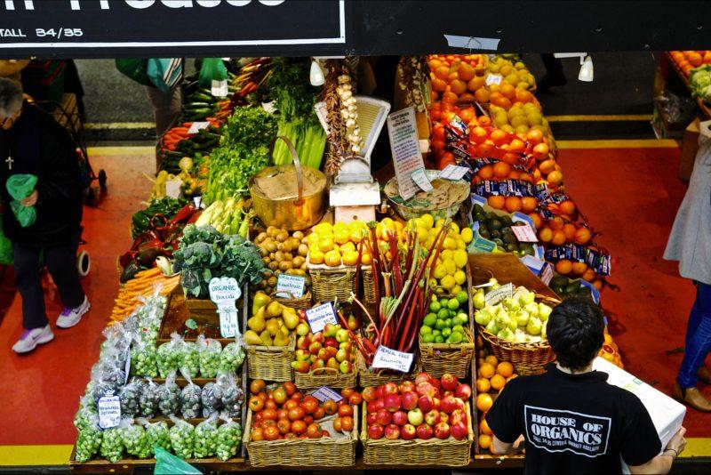 fresh produce, market stalls, apples, tomatoes