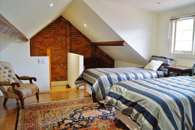 Sussex Cottage 3rd loft bedroom 2 king singles