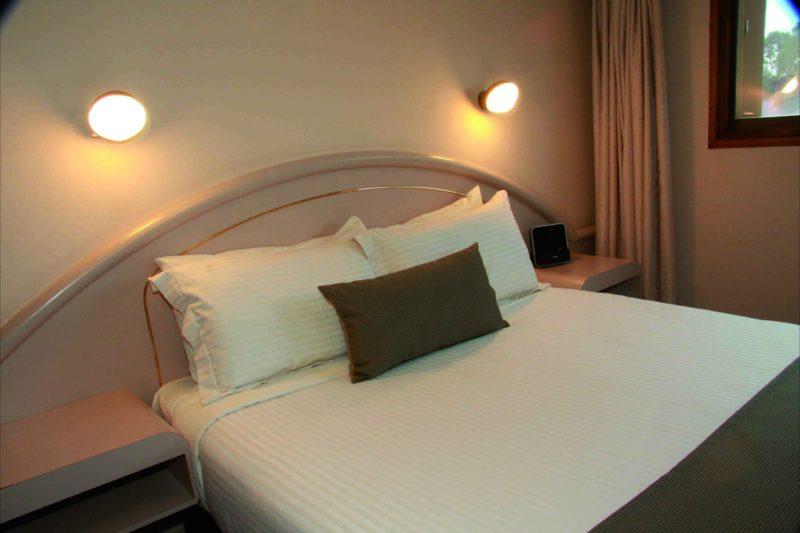 Adelaide Meridien - budget room