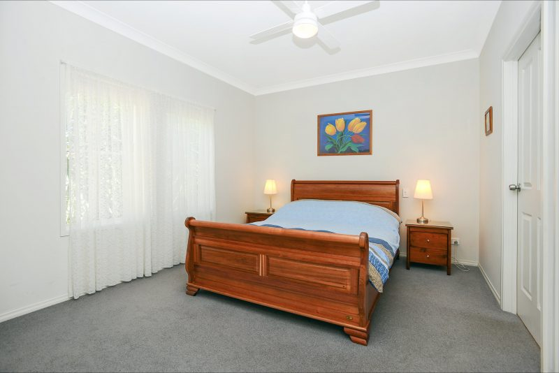 Front bedroom with Queen sized bed, walk in robe, ensuite bathroom with shower and toilet