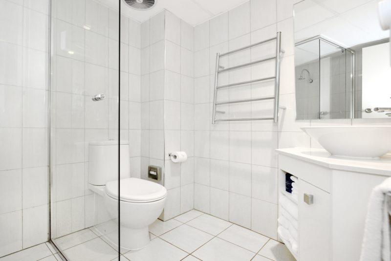ST3 bathroom