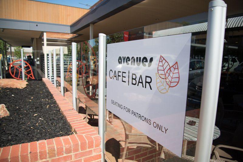 Avenues Tavern