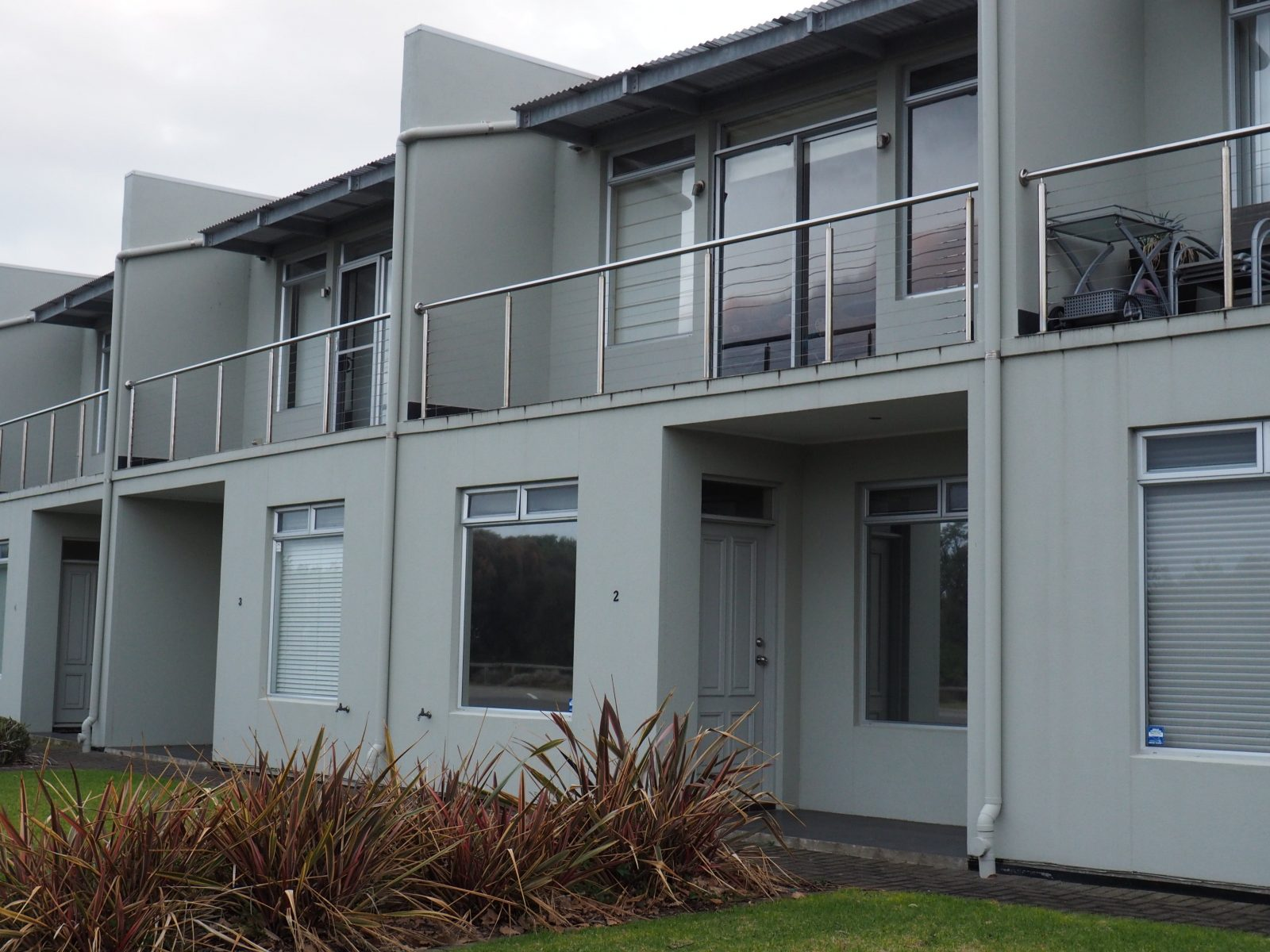 B our Guest is centrally located at Victor Harbour on the seafront with great views.