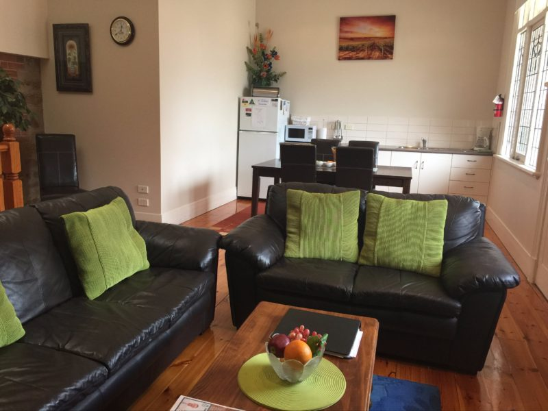 Loune, dining living area