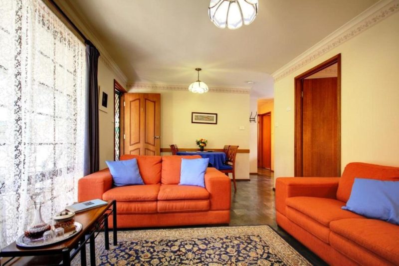 Jacaranda Living area
