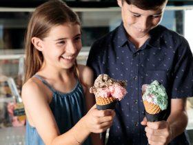 Kids with icecream