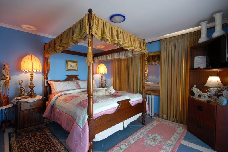 Bedroom Cottage One
