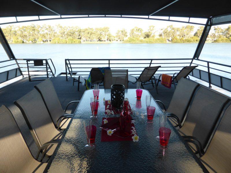 Break Free houseboat top deck