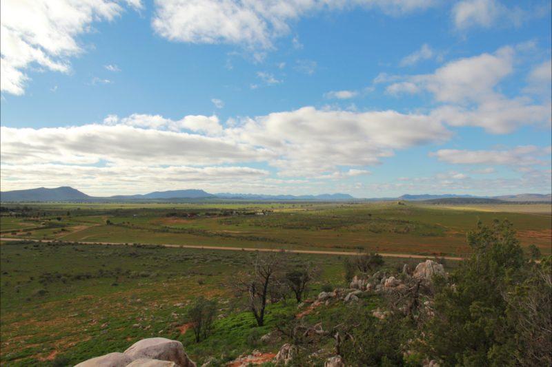 Wonoka Bluff on left Elder Range and Wilpena Pound