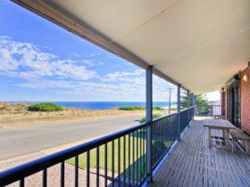 Century 21 SouthCoast:Beach House @ Moana