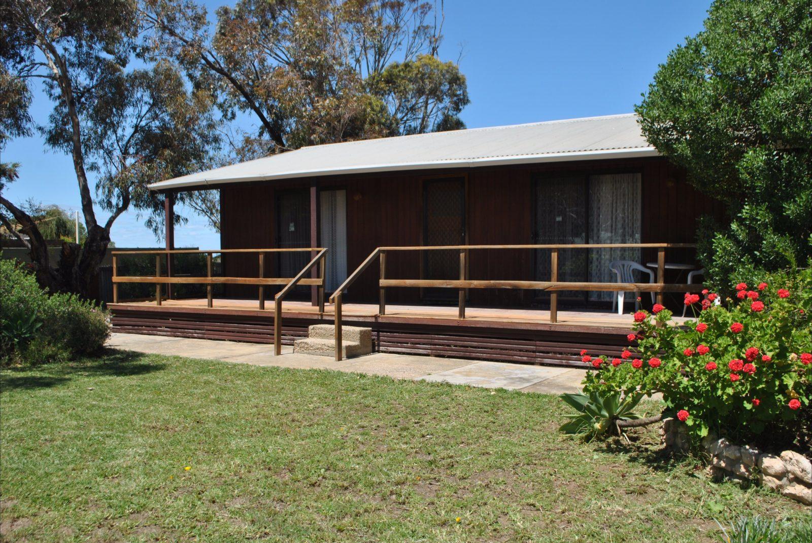 Clinton Cabin, Port Clinton