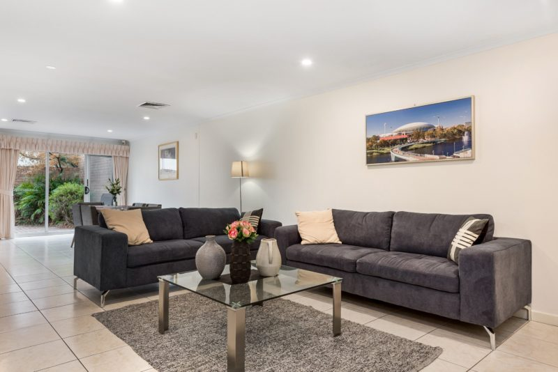 Lounge room, comfortable 5 seater couch