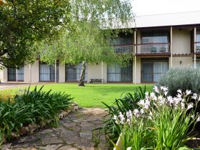 Coonawarra Motor Lodge, Penola, Limestone Coast, South Australia