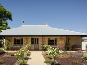 "Crossfield Cottage B&B ""Barmera's Hidden Gem"""