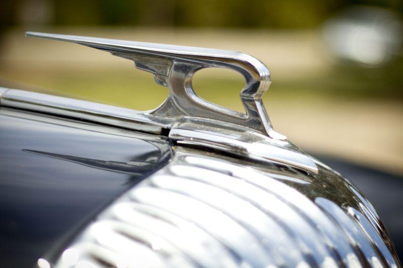 Daimler bonnet Badge