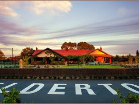 Elderton Wines Cellar Door at sunset