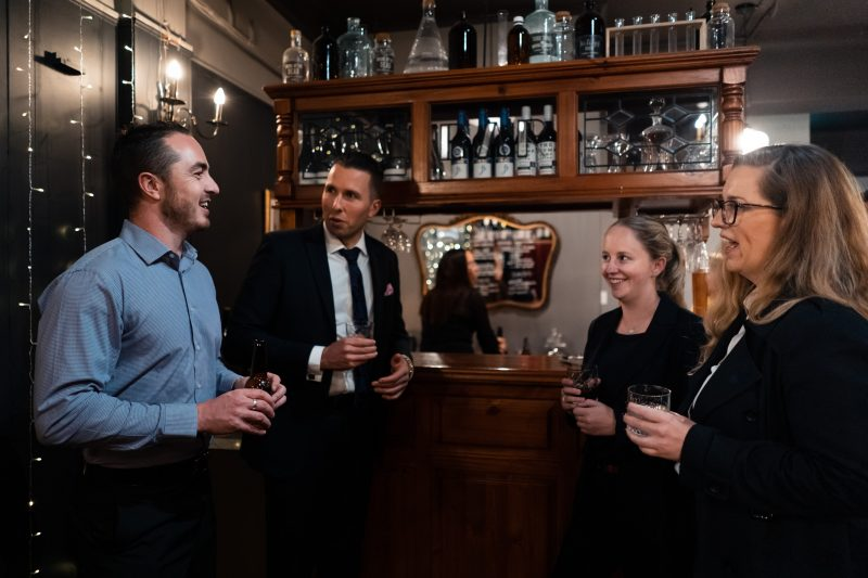 escape room bar adelaide drinks party