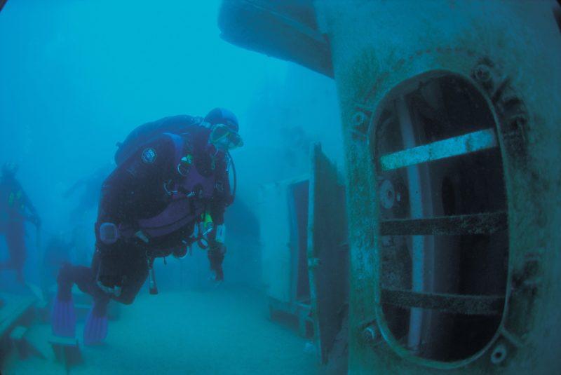 HMAS Hobart Dive Site