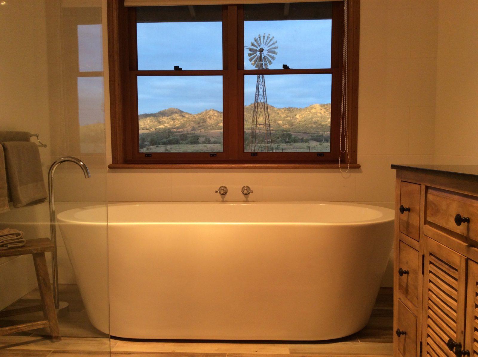 Mt Scott Homestead Bathroom